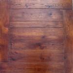 parquet a listoni in legno massello scuro
