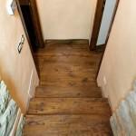 parquet a listoni in legno massello in quercia piallata installato